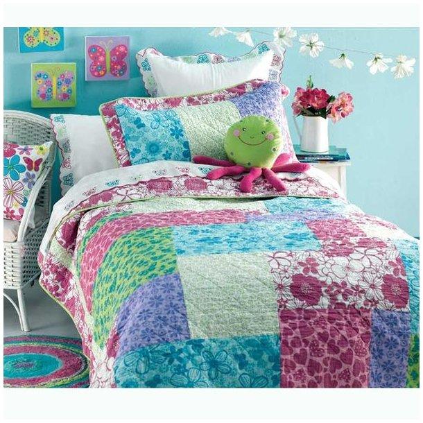 Island m/pudebetræk, quiltet sengetæppe